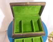 Vintage Felt-lined Wood Jewelry Box