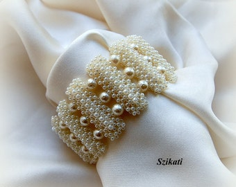 20% SALE! White Statement Pearl/Seed Bead Cuff Bracelet, Bridal Accessory, Women's Beadwoven High Fashion Jewelry, Gift for Her, OOAK