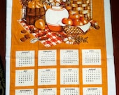 1977 Linen Kitchen Calendar Towel - PurpleIrisVintage