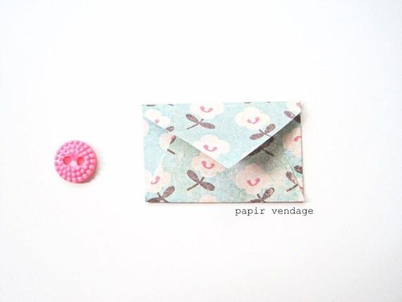 10 Mini Envelopes in Vintage Blossom , Set of 10 -- Wedding Reception, Special Notes, Party Favors, Scrapbook Delights