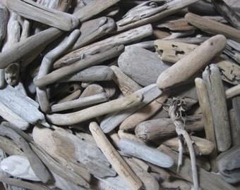 """Driftwood Beach Supplies--25 Pieces of Bulk Drift Wood 3"""" to 7""""--Craft Supplies-Wedding Decor"""
