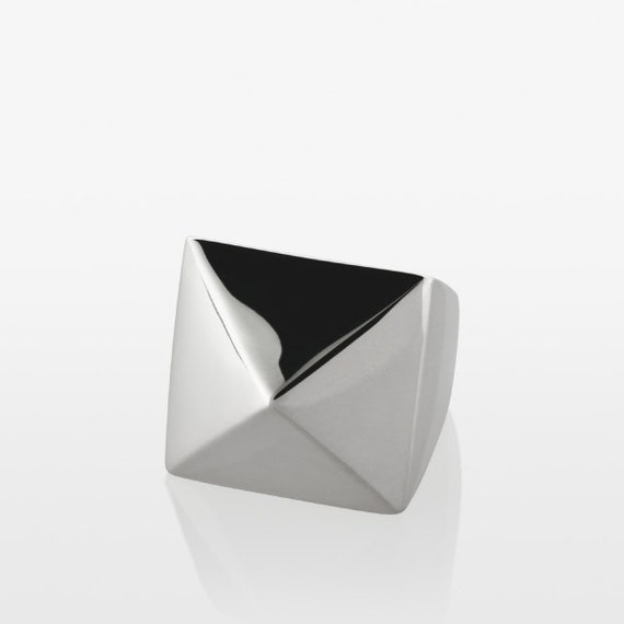 Classics Pyramid Cocktail Ring - Silver