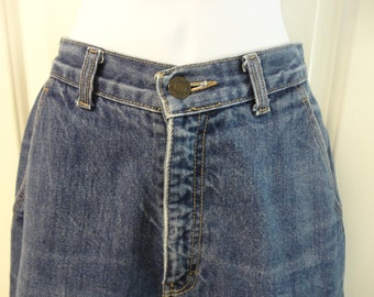 Retro Vintage High Waisted Mom Denim Blue Jeans by Calvin Klein Size 8 Jeans For Her