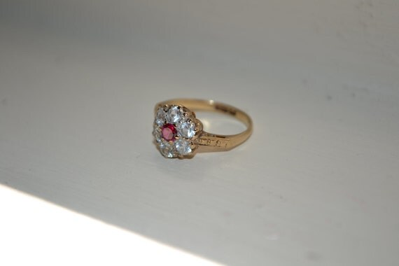 Pretty, Flower Shaped, 1940's Ring