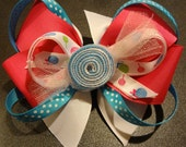 Totally Sweet White, Pink and Blue (with a touch of Green) Stacked Bow Clip