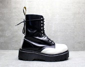 Vtg 90s B&W Dr Martens Lace up Grunge Platform Boots UK 6/ US 8.5- 9/ EU 39- 40