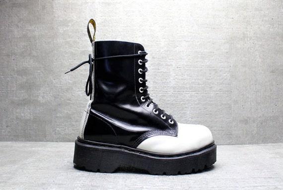 Vtg 90s B&W Dr Martens Lace up Grunge Platform Boots UK 6/ US 8.5- 9/ EU 39- 40