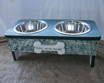 hand made wood raised pet feeder ( med. size )