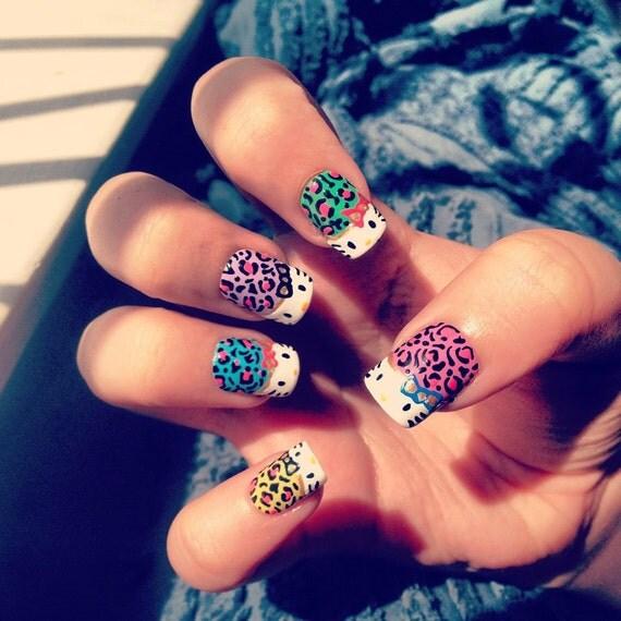 Hello Kitty Leopard Print Nails