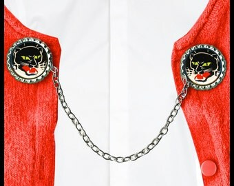 the Black PANTHER Sweater Guard Clip
