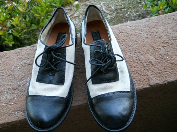 black and white tap style oxford shoes s size 6