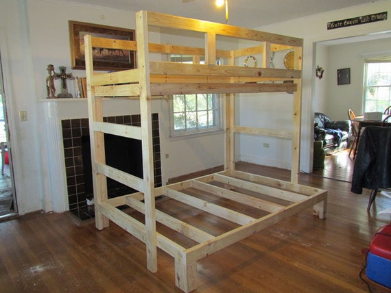 Strong and sturdy twin over full Pippin Style bunk bed