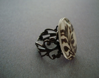 Black and White Floral Adjustable Ring