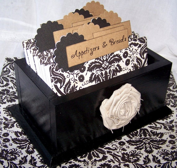Recipe Box - Dividers and 4 x 6 Recipe Cards - Black and White Damask,  Black Gloss Box