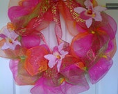 LUAU DECO MESH Wreath