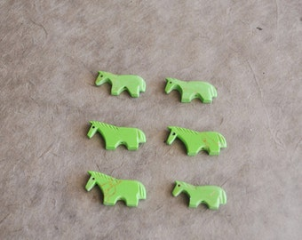 gaspeite green block horse fetish beads (8 pcs)