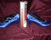 Blue shoe book-ends