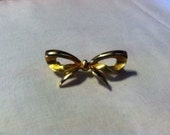 Vintage Bow Scatter Pin