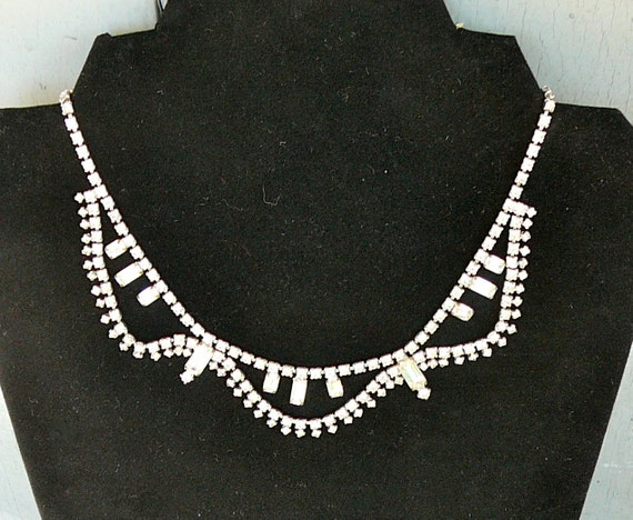 SALE-Vintage Art Deco Style Rhinestone Necklace