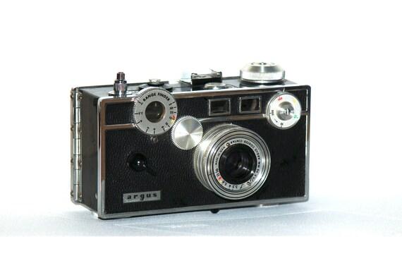 Vintage Argus C Rangefinder 35mm Camera