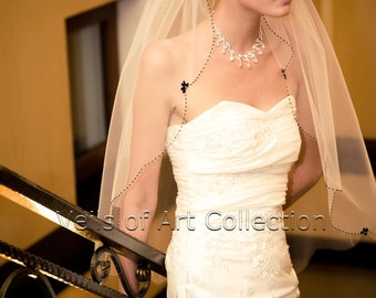 NWT 1T Fingertip Bridal Wedding Veil Scalloped Beaded Edge VE209 Handcrafted