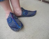 Handmade Felted Wool Middle Eastern Slipper Shoes: Grey with Spiral Embroidery, Size 7 to 7.5  womens. SCA Historical Persian  Mongolian