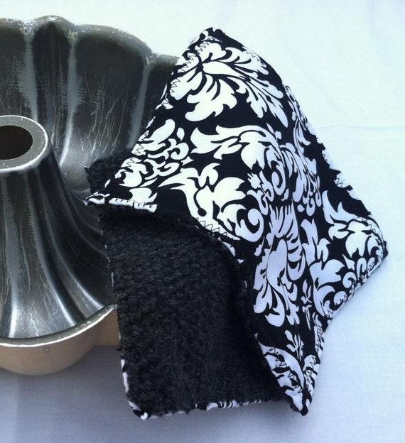 Keep Me Cool Black Damask Pot Holders