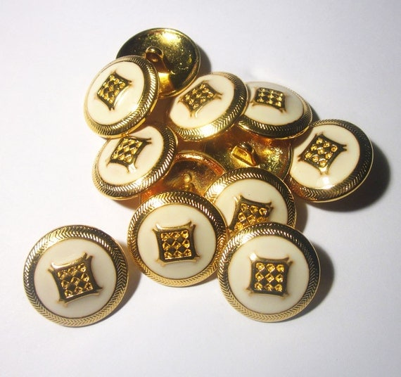 12 Vintage 1960s Cream and Gold Enamel Buttons
