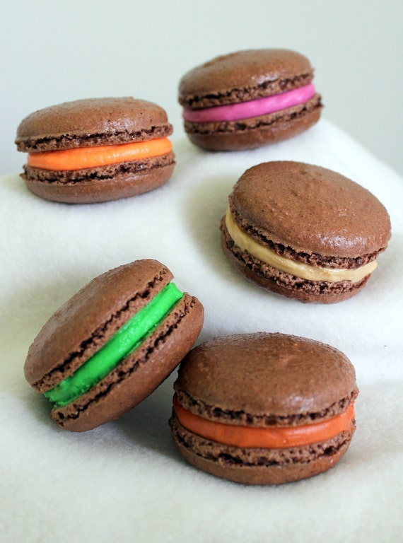 Five Macarons - choose your flavour