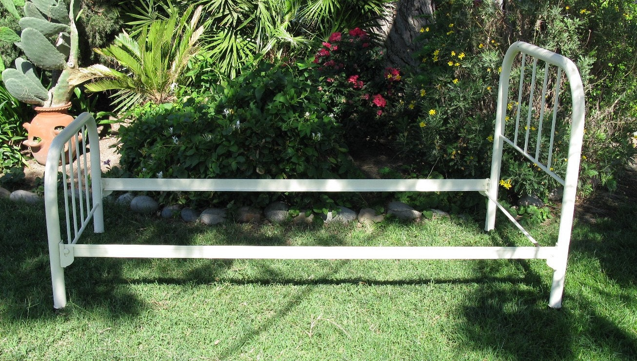 Image Result For Frame Beautiful Twin Bed Frame White Bed Frame Bed Frame