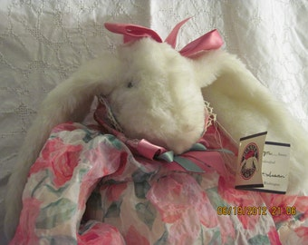 Bunnies By the Bay- Marilyn 1986 Retired Collectible-EASTER great gift