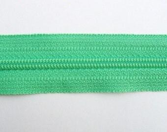 Zippers - Mint  - YKK Brand - 25 Pieces - 9 inch