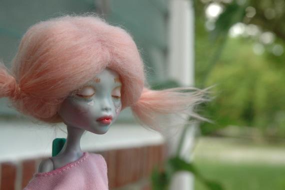 Sad Little One: Lagoona Blue Monster High Custom