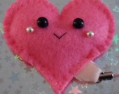 Happy Face Heart Plushie Friend Charm (Pink Plush Key Ring Mobile)