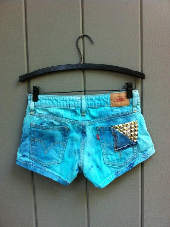 Levi's High Waisted Cut Off Denim Shorts - Aqua Seafoam Studded back pocket SIZE XSMALL