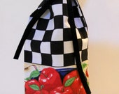 Reusable FABRIC WINE BAG - Lucious Red Apples