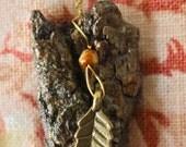 Leaf Charm Bark Necklace