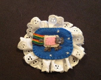 Nyan Cat Brooch