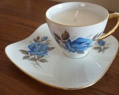 Soy candles in vintage English China tea cups with saucer. Lovely with lots of character & smell great too