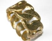 Vintage Wire effect gold link bangle
