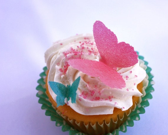 Wafer Butterflies Cupcake and Cake Toppers - 50 Large, 30 medium, and 20 Small for Garden Party, Princess Party, Wedding Cake