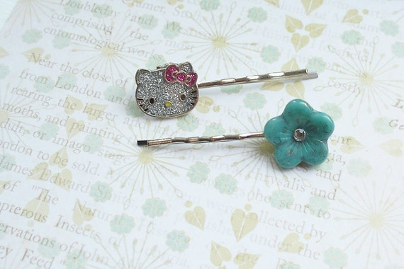 Reserved for Janelle---Hello Kitty - Hair Pins