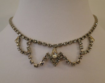 Vintage Rhinestone Necklace Very Nice Condition