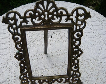 Heavy bronze rectangular table frame chiselled bronze work arabesques baroque 1900 framing  photography portrait family portraits painting