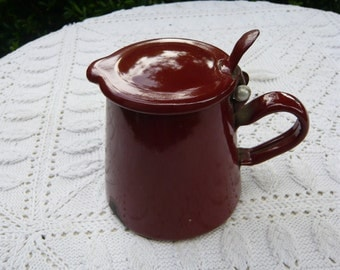Red-brown coffee can enamel jar with cover for fireplace country style kitchen utensil cabin pot brocante french vintage pot camping  pot
