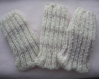 Cream and oatmeal ribbed mobile cover handknitted, universal fit, choice of 3 designs