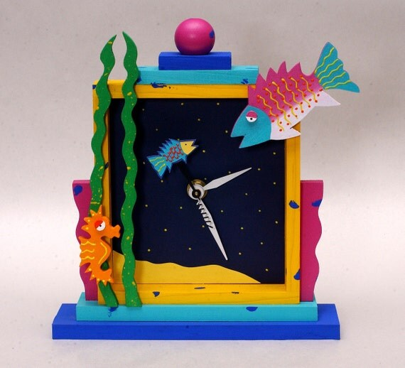 Tropical fish clock