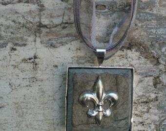 New Orleans Slate Tile Necklace - Fleur de Lis