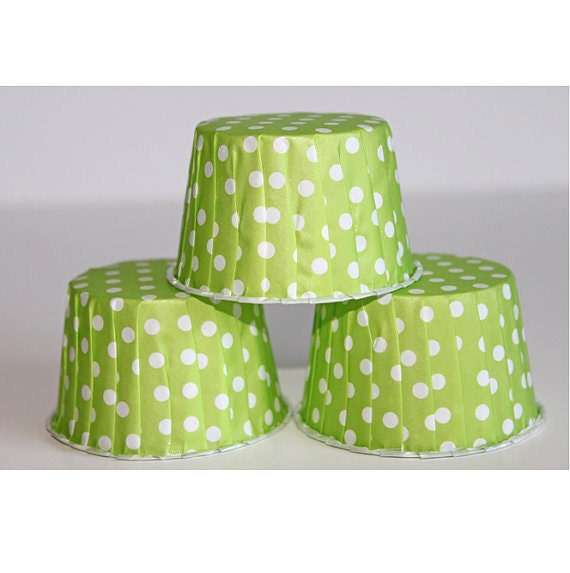12 lime green polka dot baking cups,candy cups,nut cups,cupcake liners,treat favors