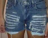 Urban Outfitters style vintage - Levis 550 - Cut off shorts - Destroyed - Red tab - Size 2/4 - Mid/High waist